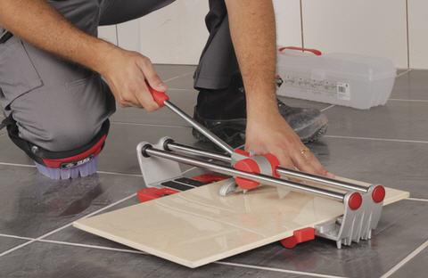 Плиткорез - незаменимый инструмент отделочника