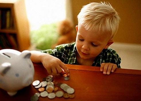Дети и финансы: когда начинать финансовое воспитание ребенка и как?