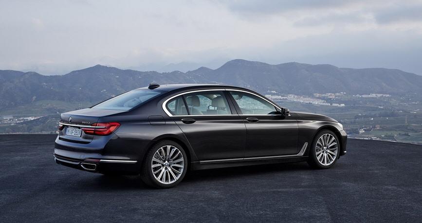 Все по новому - New BMW 7 series