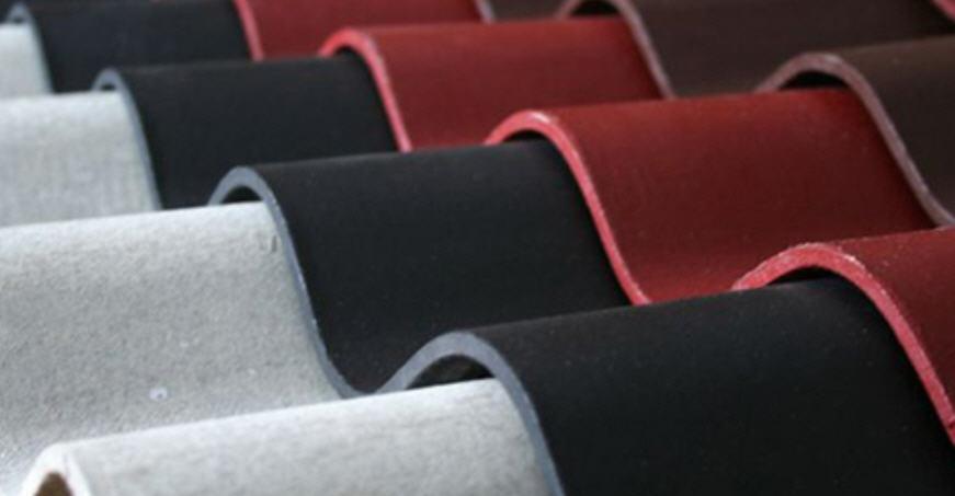 Производство шифера и его хранение на складских стеллажах
