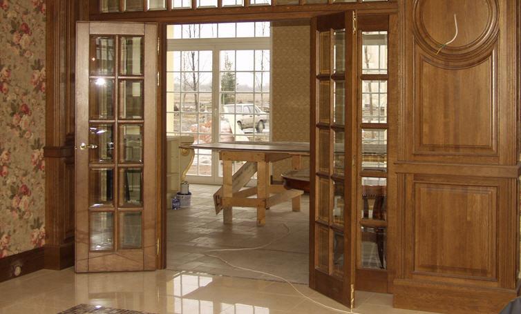 Методы декорирования стеклянных дверей