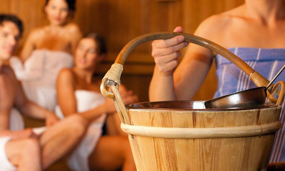 Как обустроить комнату отдыха в бане