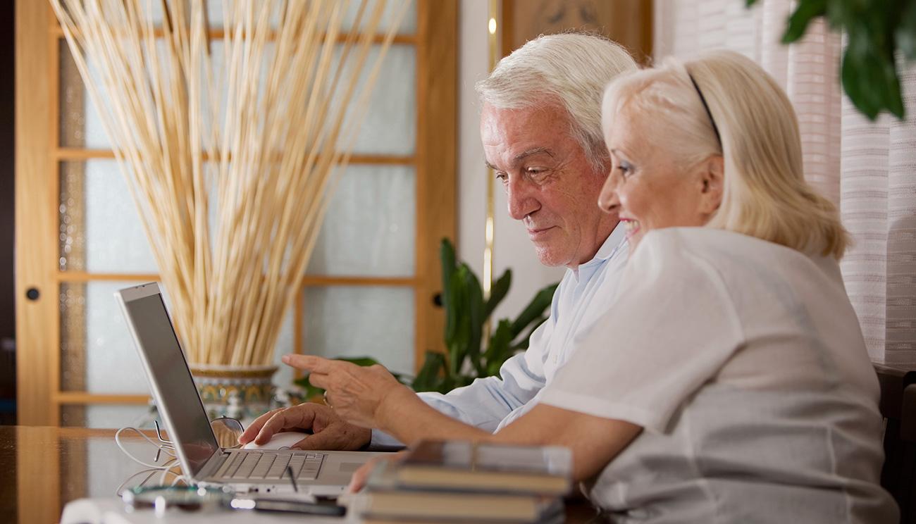 Как получать приличный доход, не выходя из дома?