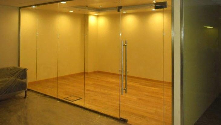 Все прозрачно: стеклянные стены и перегородки