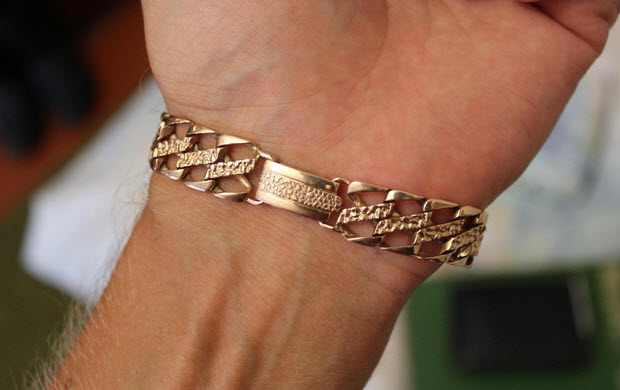 Украшения для мужчин: браслеты