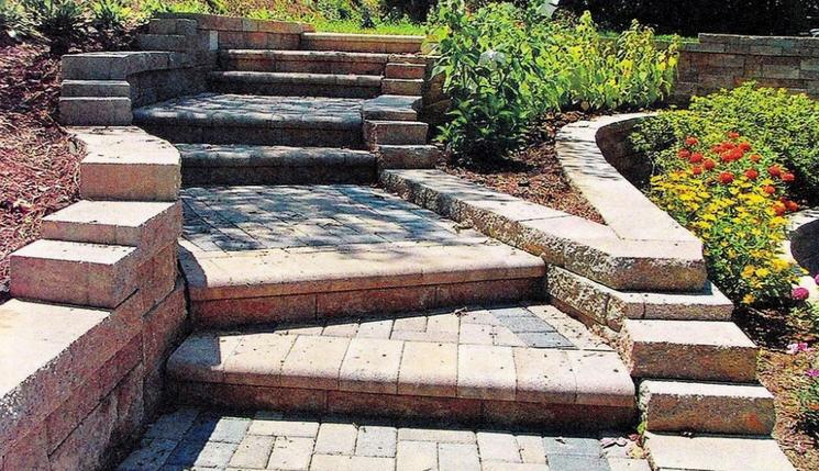 Строим лестницу в саду