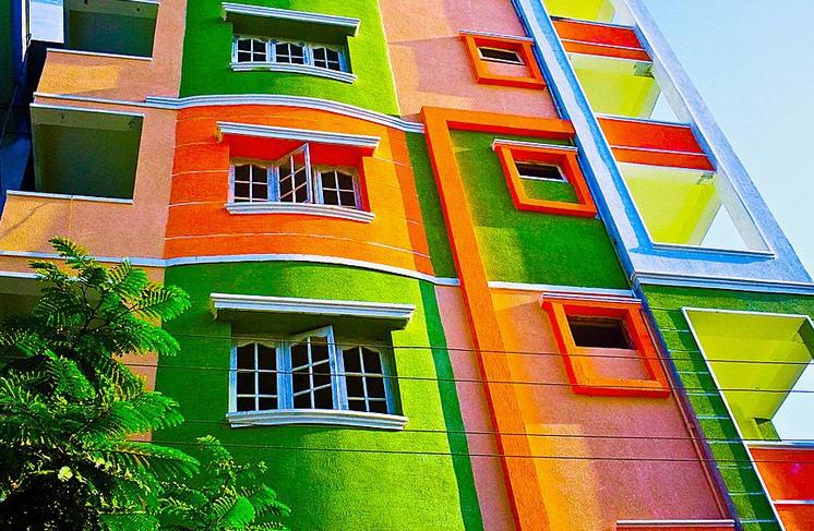 Фасадные акриловые краски: их основное преимущество