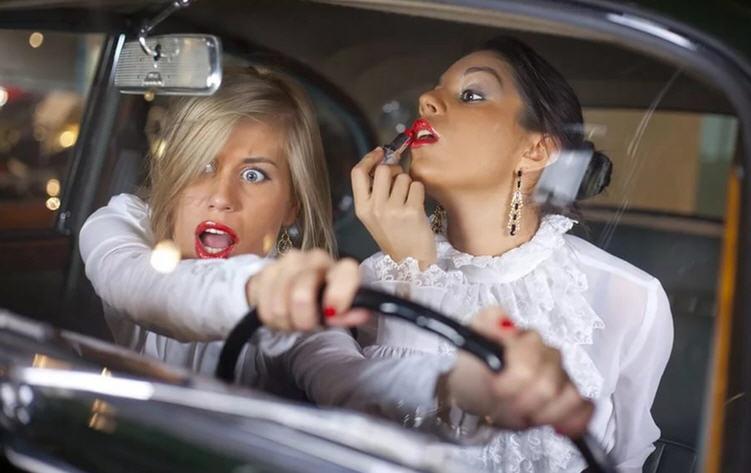 Женщина за рулём — угроза или надуманный стереотип