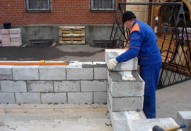Чем хорош пенобетон в частном строительстве
