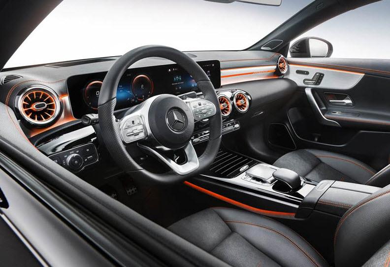 салон нового Mercedes CLA 2019-2020