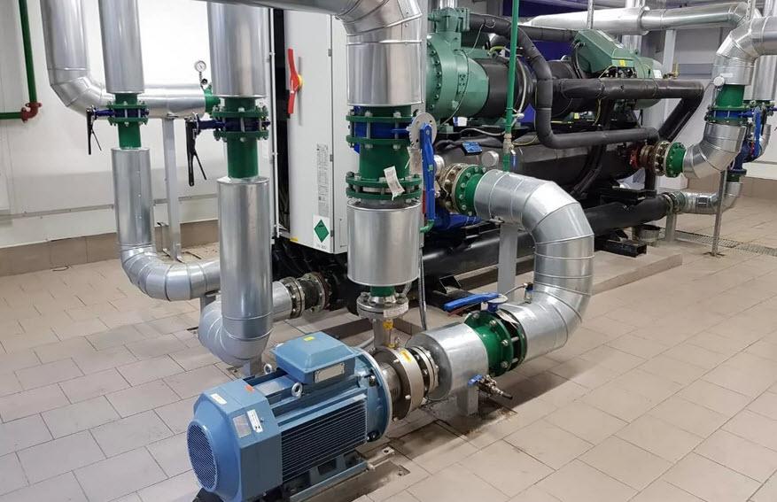 Системы охлаждения с применением чиллеров с водяным охлаждением