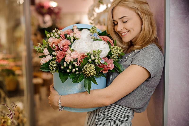 Доставка цветов - выгодно практично и быстро